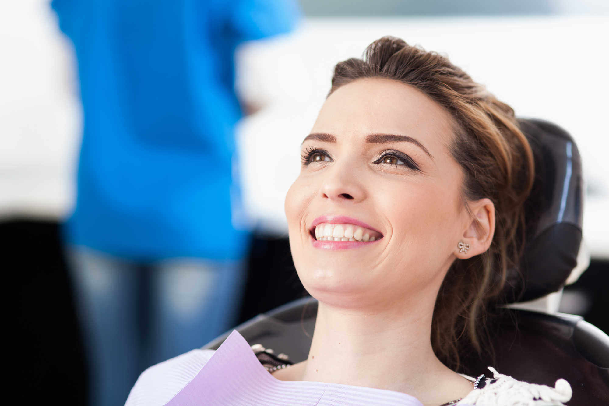 Natural Dentist in Palm Beach Gardens | What Makes a Holistic Dentist Different?