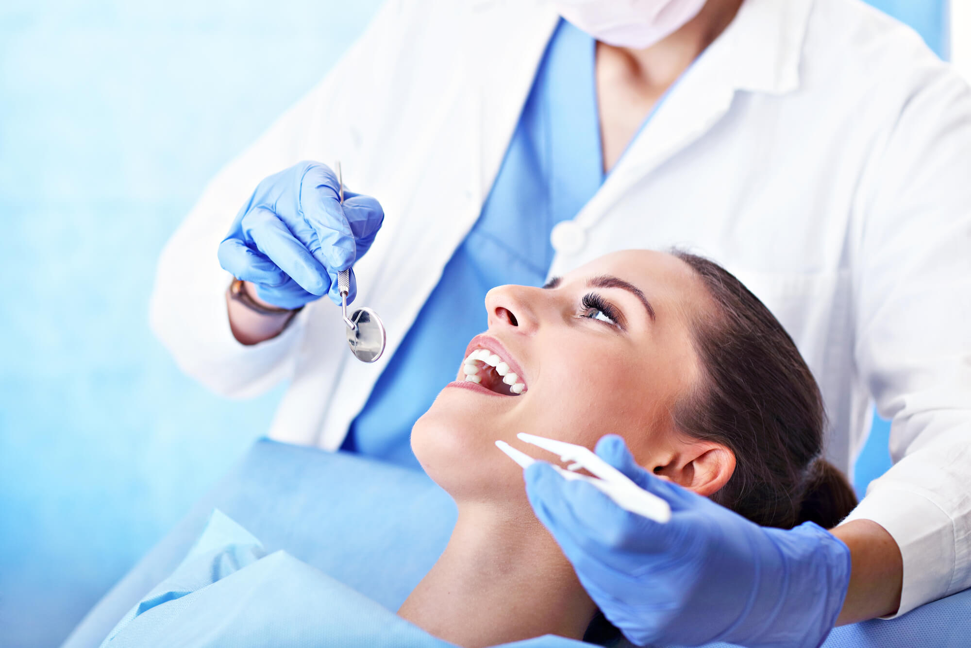 3 Things You Need to Know About Natural Dental Implants