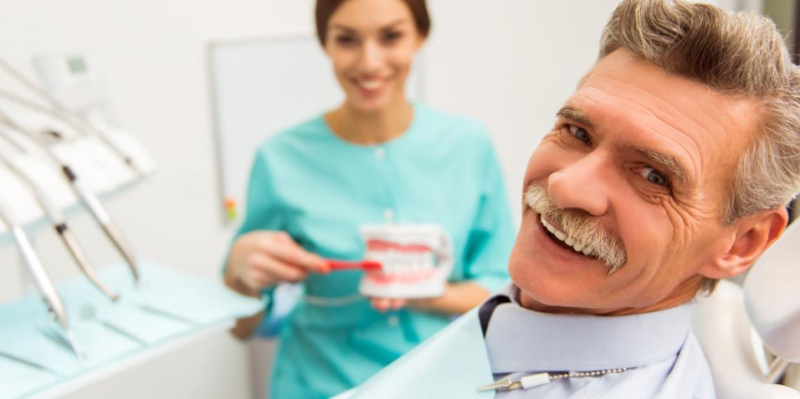 Dentures in Palm Beach Gardens | Is It Time for New Dentures?