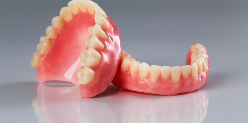Dentures in Palm Beach Gardens | Types of Dentures