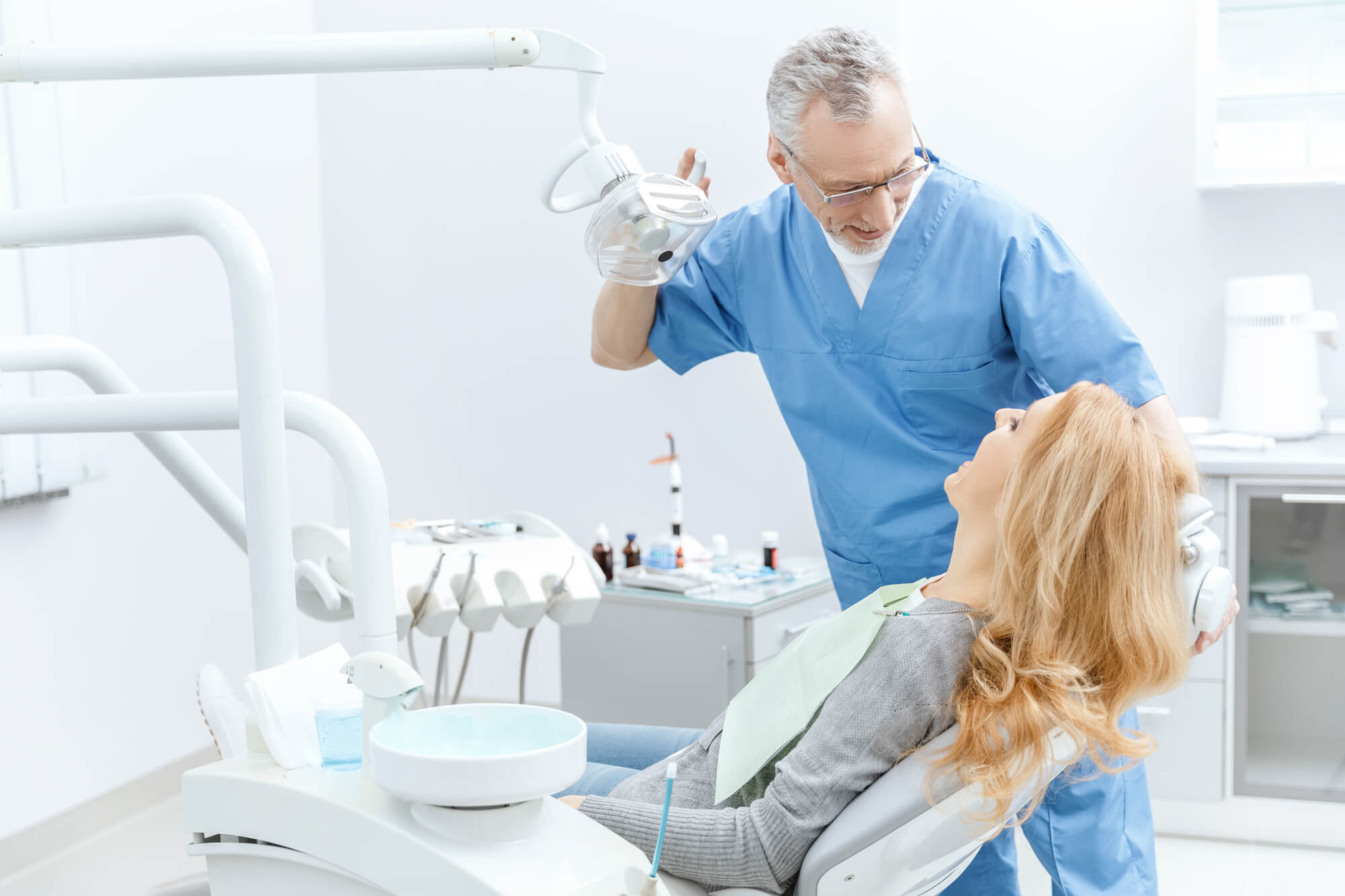getting Ceramic Dental Implants Jupiter FL