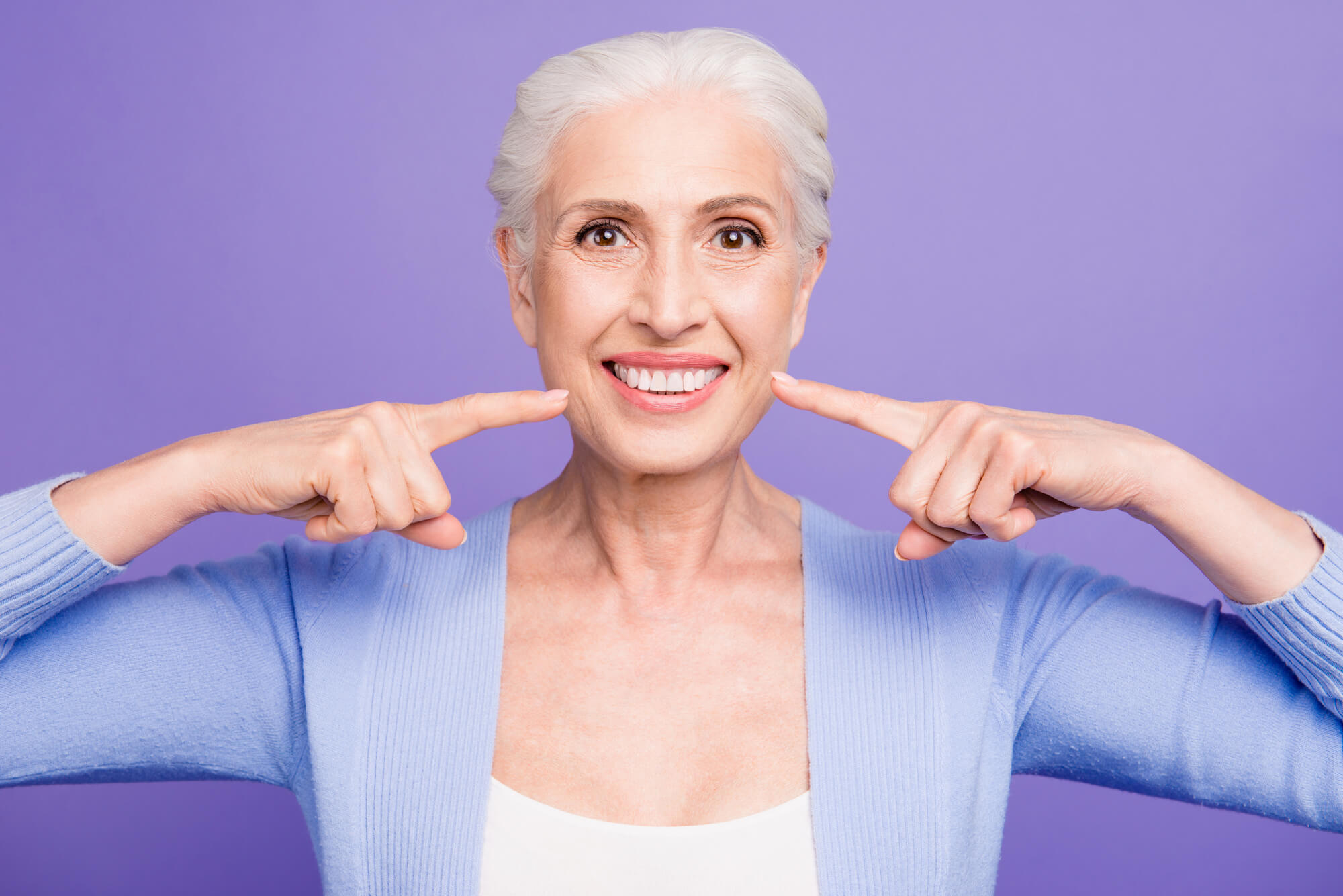 Tips for Cleaning Your Teeth and Dental Implants