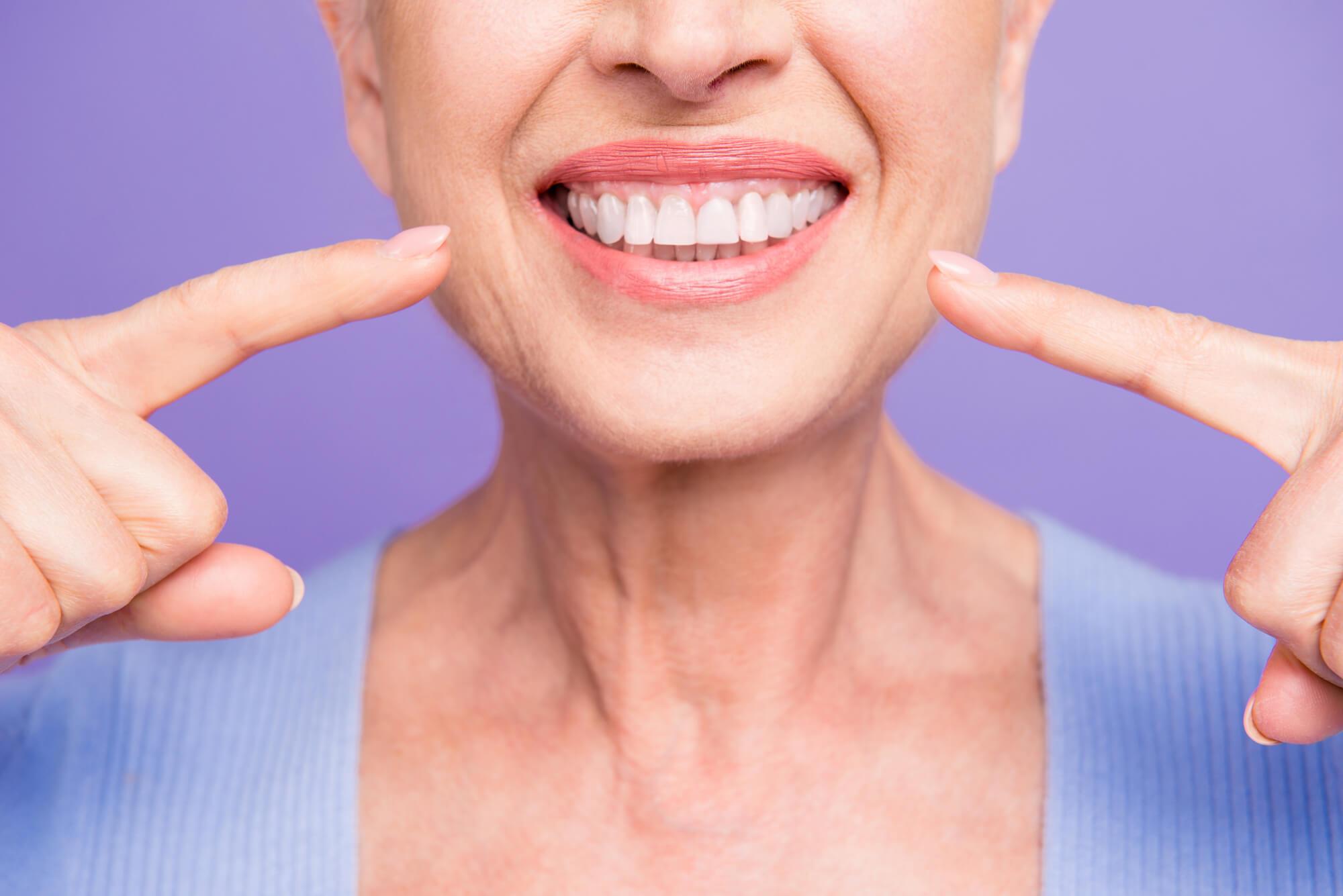 Differences Between Titanium and Ceramic Dental Implants